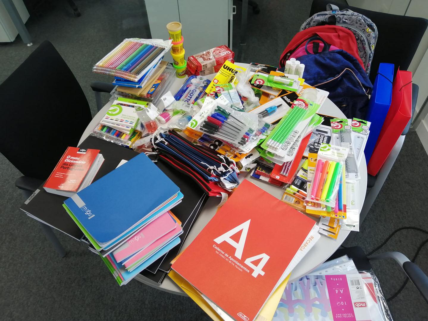 hipoges material escolar iniciativa operacion mochila
