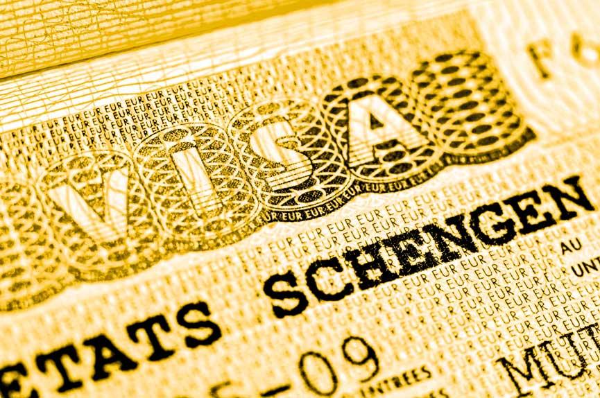 Decréscimo Investimento Vistos Gold Compra Imóveis Habitação Reabilitação Transferência Capitais Golden Visa SEF ARI