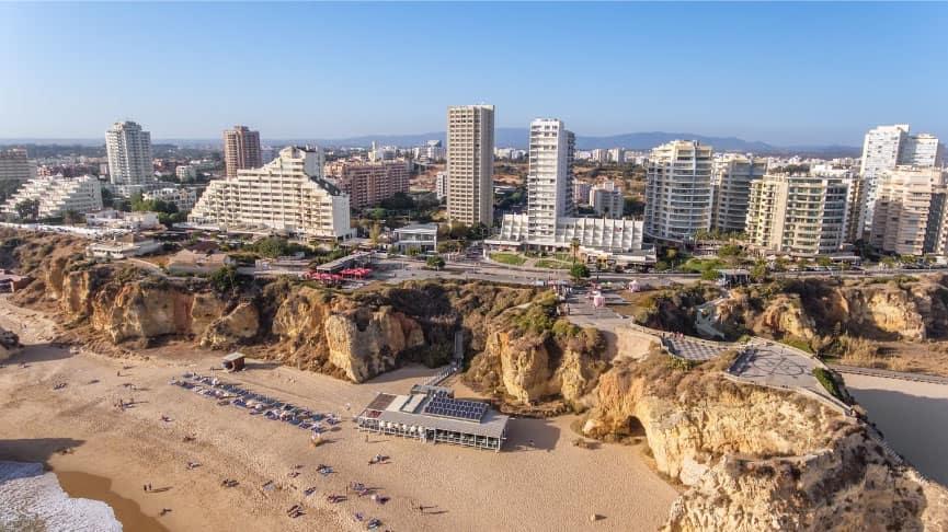 housers mercado imobiliário investimento 2021 seguro retorno portugal